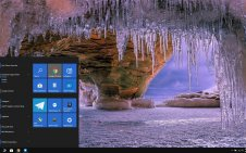 Winter Beach win10 theme